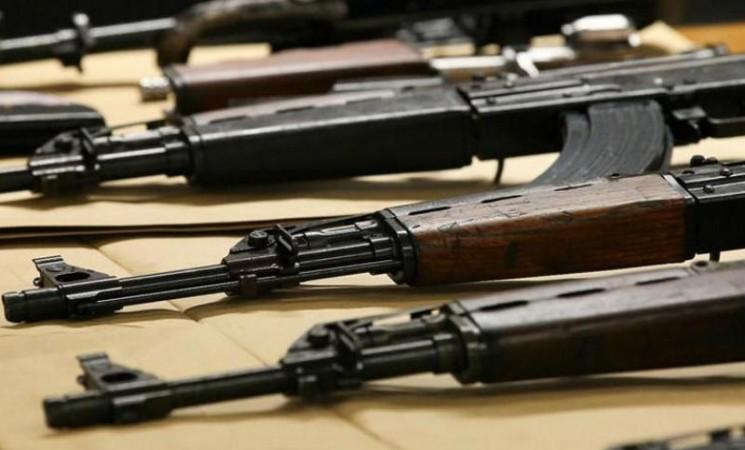 MUP RS tajno prodao više od 10 hiljada pušaka i pištolja