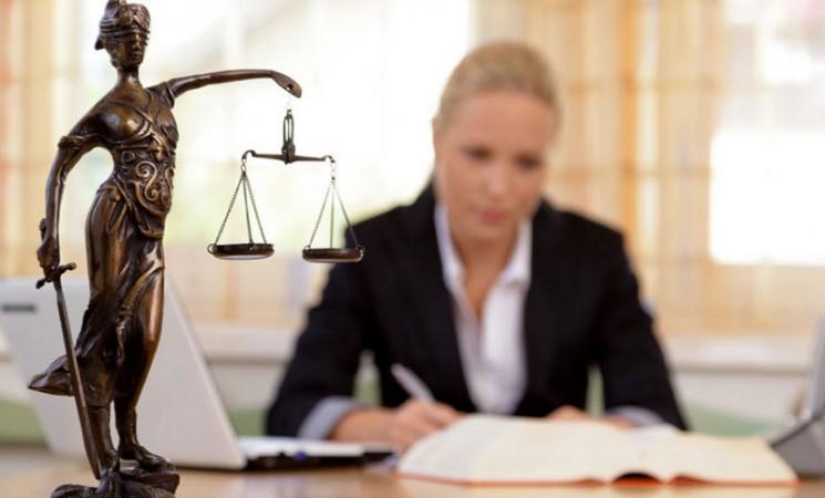 Budžetski milioni za favorizovane advokate