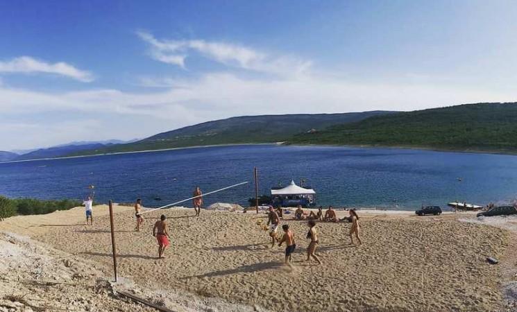 Rekreacija pokraj Bilećkog jezera
