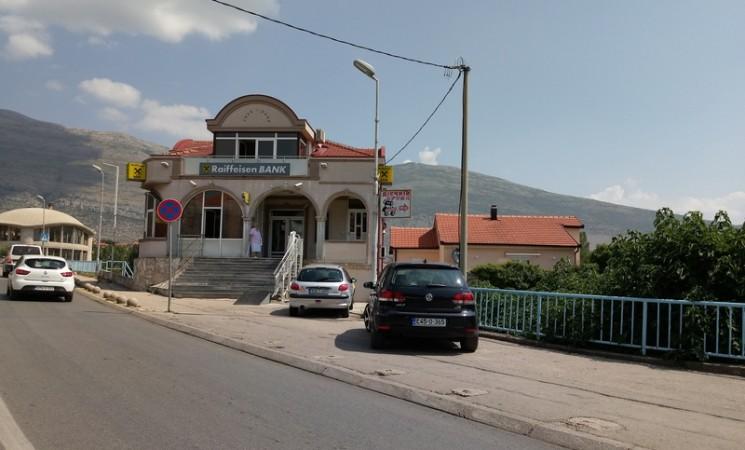 """PU Trebinje: Pokušaj pljačke """"Rajfajzena"""" i pucnji u """"Zber"""" nisu povezani"""