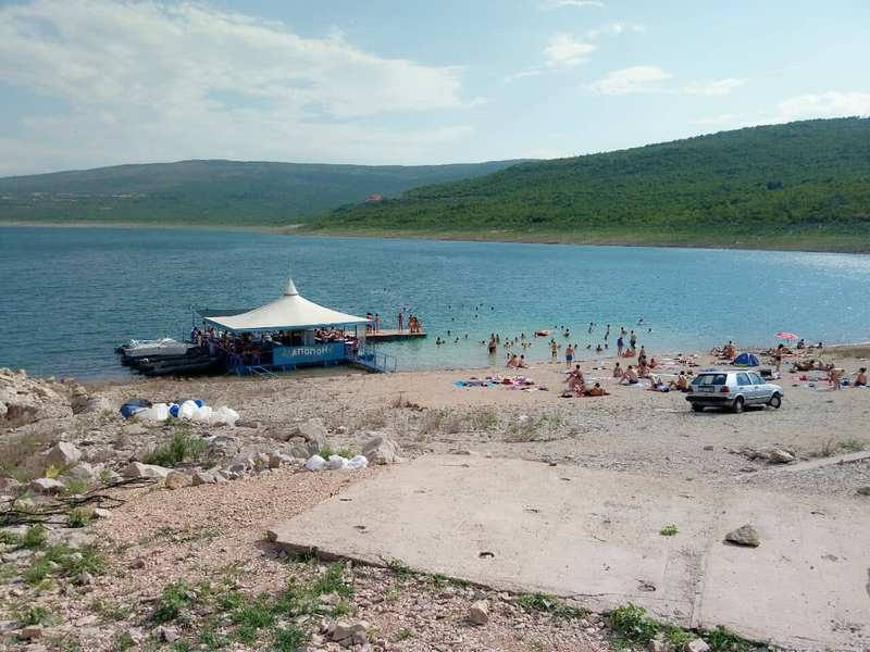Pronađen leš nepoznate osobe na obali Bilećkog jezera - Direkt Portal