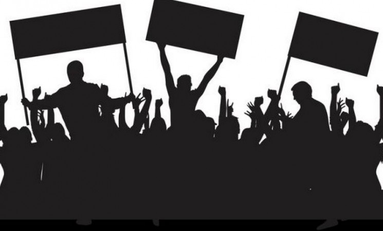 Trebinjci u političkim partijama: Interes ili ideologija?