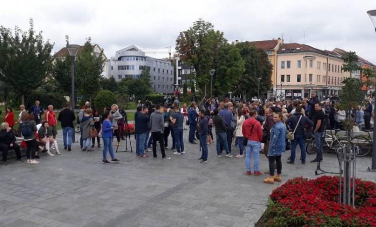 Protest novinara u Banjaluci zbog brutalnog napada na Vladimira Kovačevića