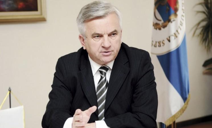 Smijenjen Nedeljko Čubrilović