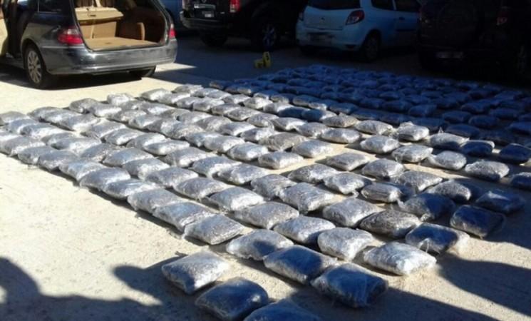 Bileća: Crnogorci uhvaćeni sa 200 kilograma skanka