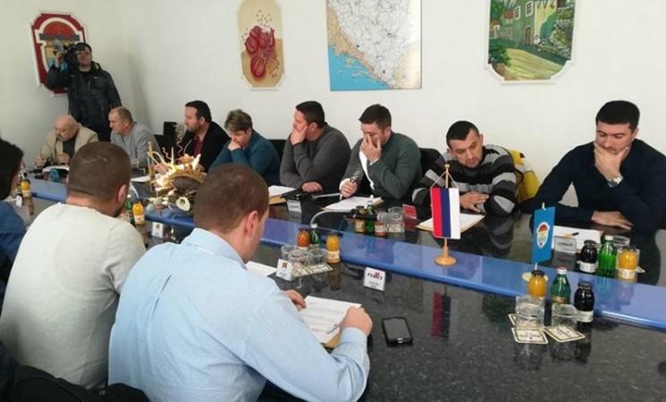 Na pomolu nova većina u ljubinjskoj Skupštini: Odbornik PDP-a vratio mandat