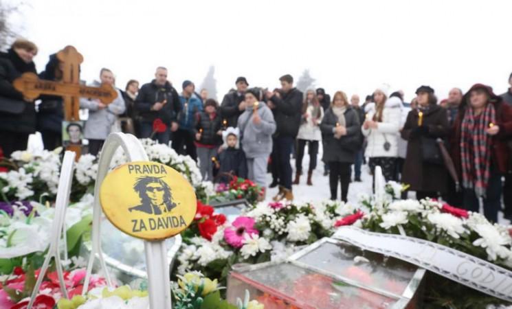 Roditelji Davida Dragičevića predali zahtjev za ekshumaciju njegovog tijela