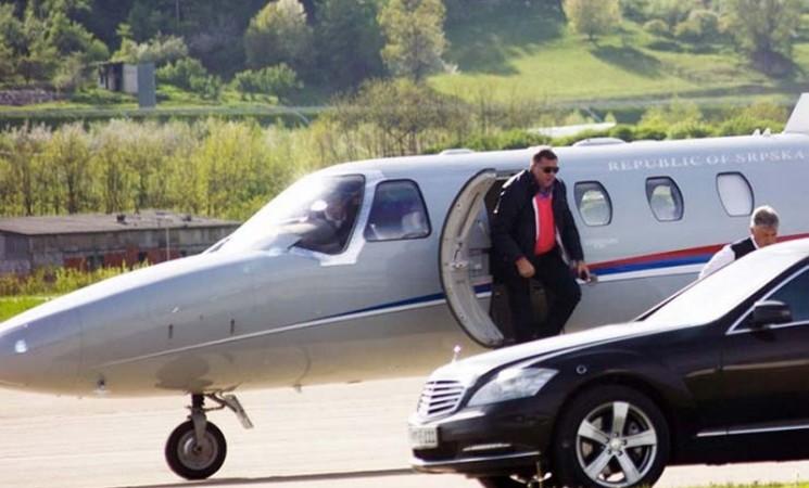Legalizovana Dodikova putovanja avionima i helikopterima Srpske