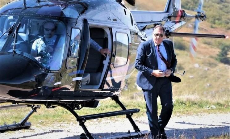 Milanović prekršio protokole i Dodiku dopustio da helikopterom sleti na Pantovčak!