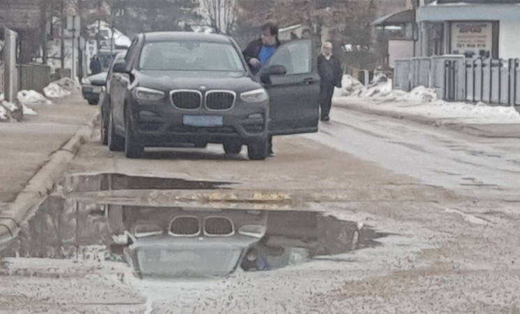 BRZA REAKCIJA: Đaković tek danas registrovao BMW kupljen od hrvatskog konzula