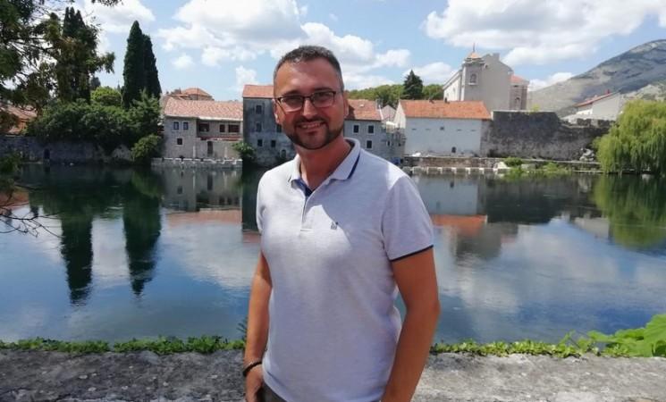 """Profesor Nemanja Milošević za """"Direkt"""": Ljudi nisu svjesni koliko stvari mogu da pokrenu i promijene"""