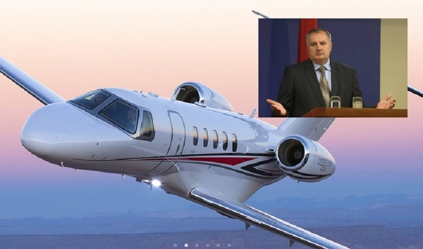 RS kupuje avion