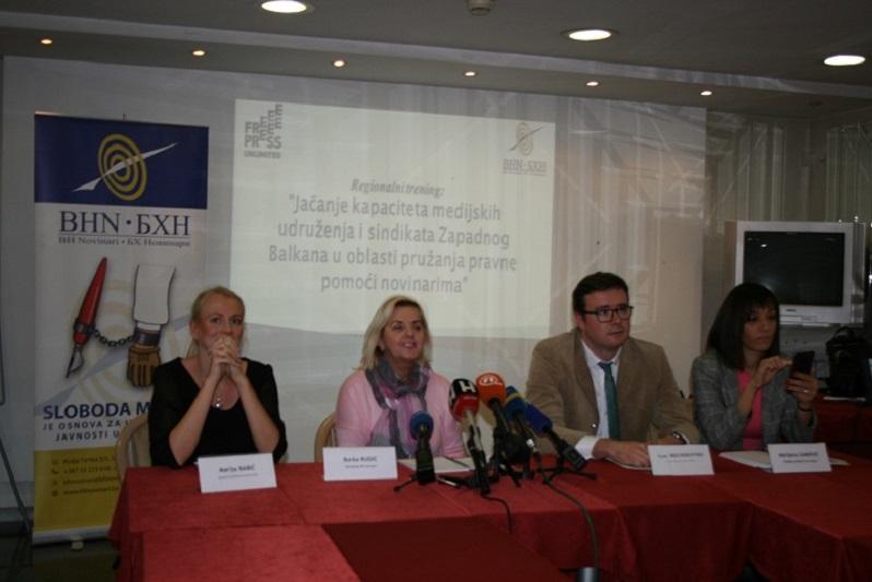 konferencija novinari