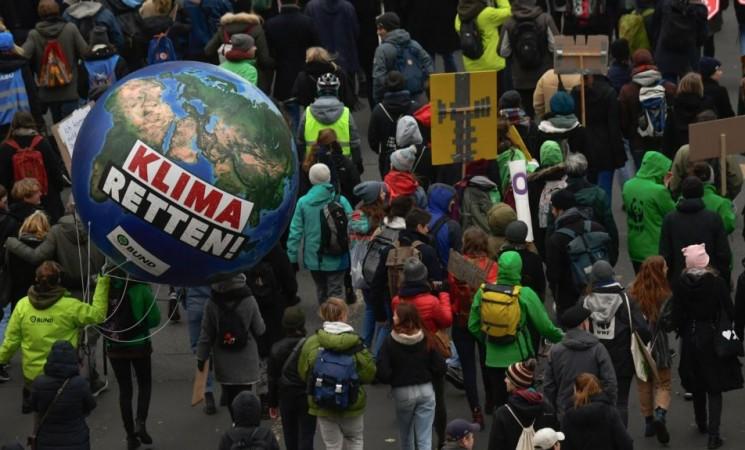 Zašto bi pandemija COVID-19 mogla uticati na brži prelazak na zelenu energiju?