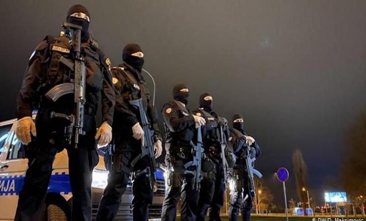 Policijski čas u RS: Represivna melodrama