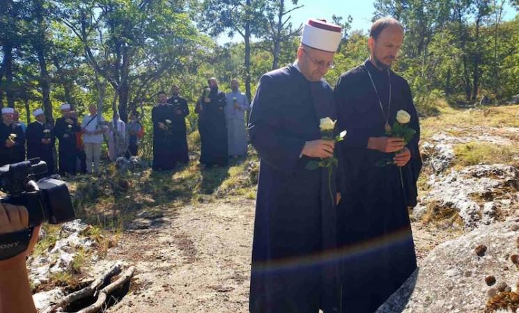Episkop ZHiP i Muftija mostarski se poklonili sjenima nevinih žrtava