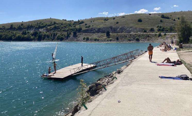 Na jezeru Vrba jedro na vidiku (FOTO)