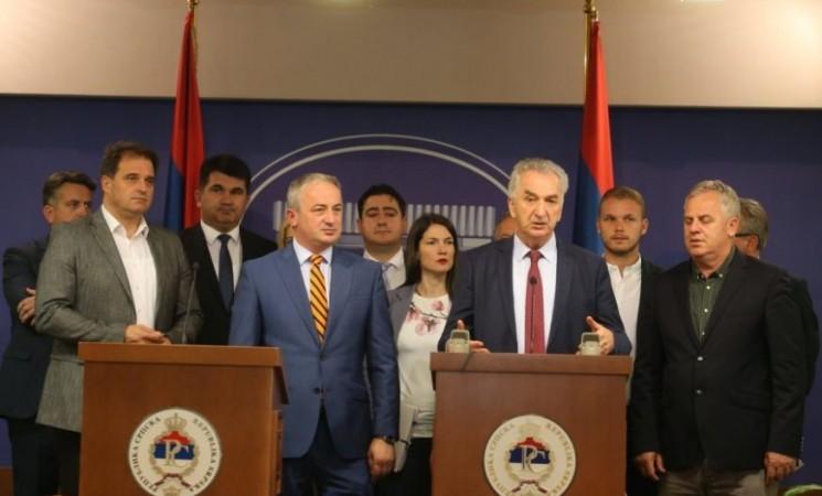 Bez novih ljudi i strategije opozicija u Srpskoj će nestati