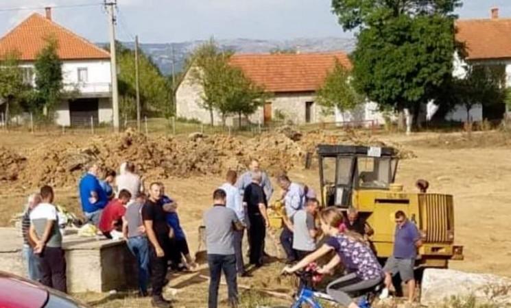 Predizborne crtice iz Hercegovine: Joksim i danas jaše, samo u džipu
