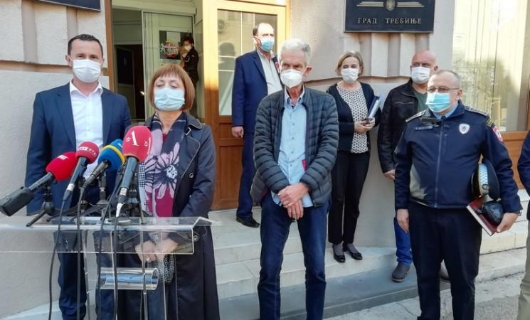 Dr Stanko Buha: Stanje sa kovidom alarmantno, 200 pacijenata čeka na bolničko liječenje