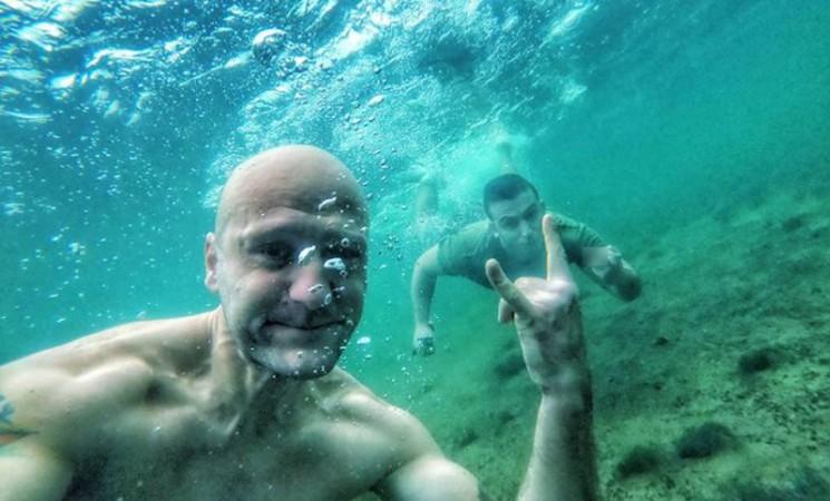 Decembarsko plivanje u Trebišnjici - kad u zimu nema zime