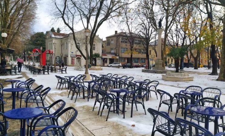 Nedjeljno jutro u Trebinju - grad prekrio grad