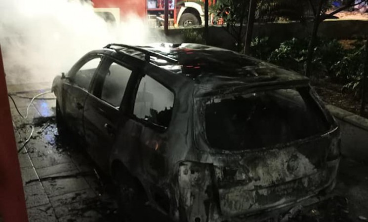 Trebinje: Gorio automobil u naselju Gorica