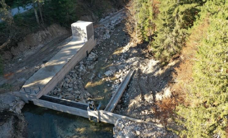 Ugar pred umiranjem: Tajkuni u borbi za profit betoniraju rijeku