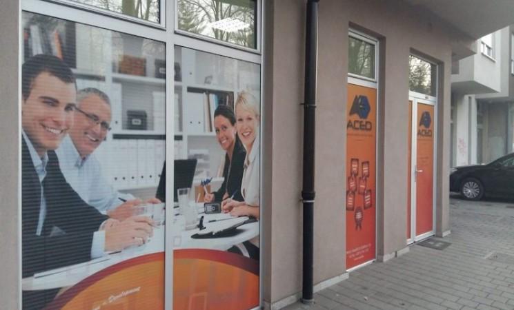 Direktor ACED-a grant EU uplaćivao na lični račun, kupio stan, auto …