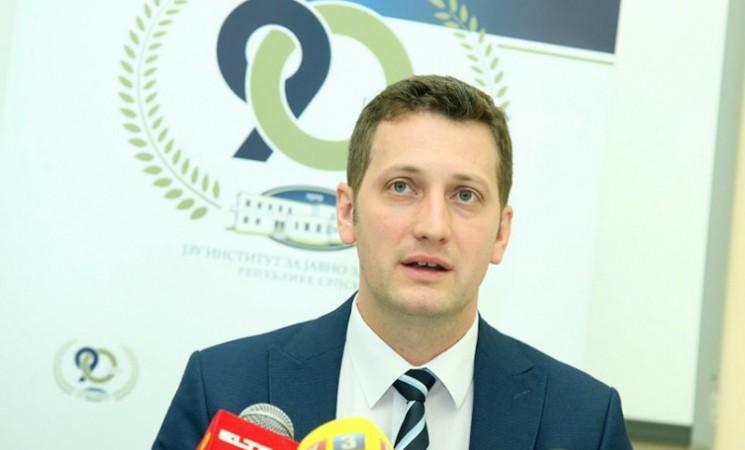 Direktor Zeljković za godinu dana razdijelio skoro 16,5 miliona KM!