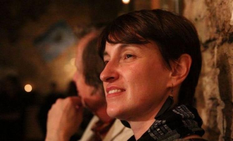 Novinarka Nidžara Ahmetašević nakon puštanja iz pritvora: Ne šutite ako vidite nepravdu, imamo pravo na život!