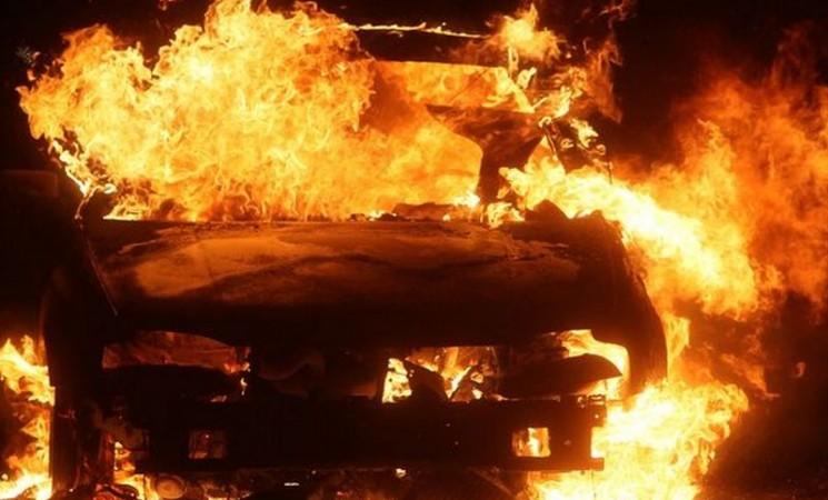 Izgorjelo vozilo aktivistkinje SDS-a u Trebinju