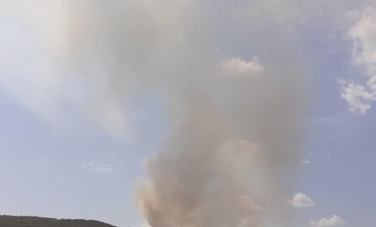 Kuće u Mirilovićima odbranjene od vatre, požari kod Bileće pod kontrolom