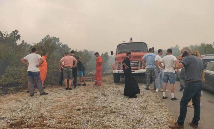Odbranjen manastir Dobrićevo, evakuisana djeca iz sela Orah